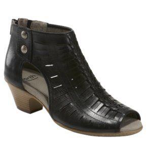 Earth Women's Carson Vicki Block Heel Sandals